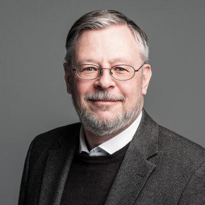 Mag. Thomas Neuhauser